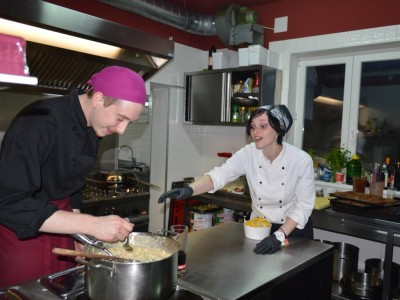 lezione di cucina, cultura e vini