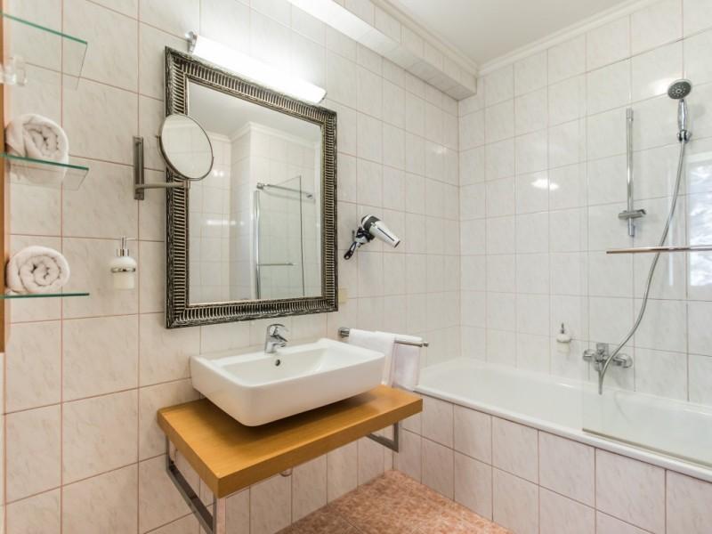 Badezimmer 332