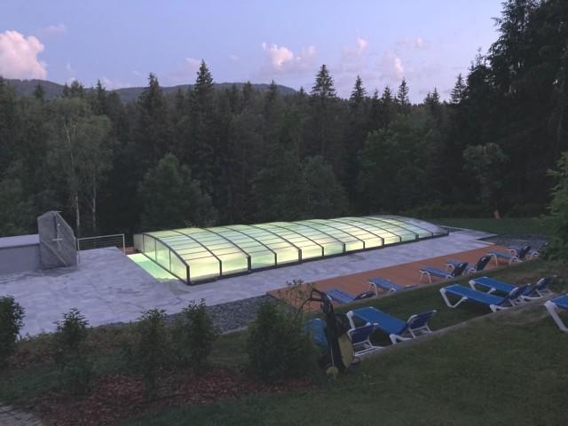 Der Pool am Abend  - Hotel Nudelbacher Kärnten - Feldkirchen